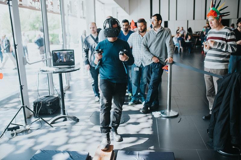 שימוש ב VR במהלך אירוע עסקי
